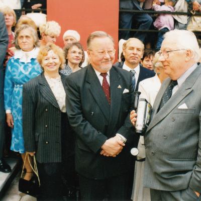 2000 m. Tilžė. Naujos lietuviškos bažnyčios atidarymo iškilmėse