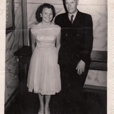 1960 m. Klaipėda. Su fortepijono dėstytoju P. Pokrovskiu