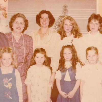 Paruošiamoji grupė su mamomis. 1990 m.
