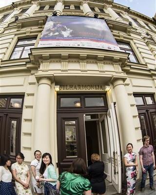 Birželio 2 d. Mokėmės suprasti Pekino operą. D. Matvejevo nuotr.
