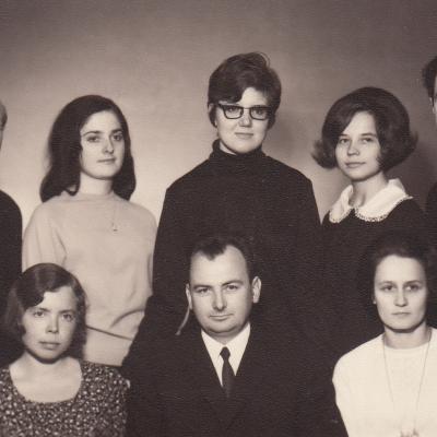 Su studentais 1971 m.