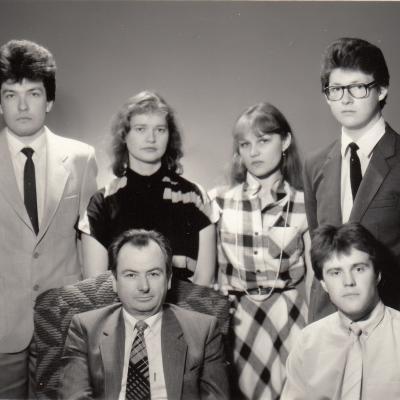 Su studentais 1987 m.