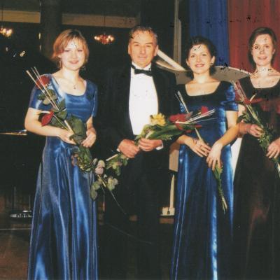 Kęstučio Grybausko pianistų kvartetas 2001-2002 m. sudėtis: S. Lapėnaitė, L. Norkutė, V. Rindzevičiūtė
