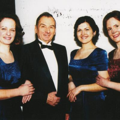 Kęstučio Grybausko pianistų kvartetas 1998-2001 m. sudėtis: I. Venckus, L. Norkutė, V. Rindzevičiūtė