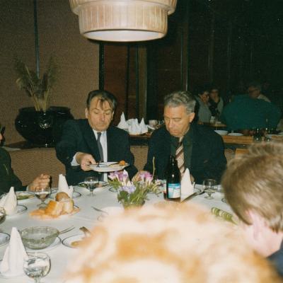 Tarptautinio S. Vainiūno konkurso žiuri su H. Zalingu ir H. Schickeriu. 1993 m.