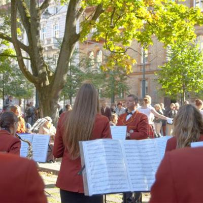 Vilniaus Broniaus Jonušo muzikos mokyklos pučiamųjų instrumentų orkestras, vadovas Rimantas Valančauskas