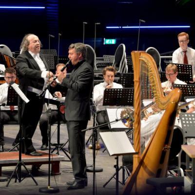 Nuotr. Kerkradės Rodahal koncertų salėje koncertuoja fanfarinis pučiamujų orkestras Fanfare Kempenbloei Achel iš Belgijos, diriguojamas legendinio belgų dirigento Ivan Meylemans.