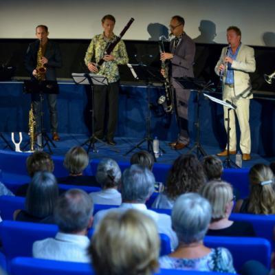 """Nuotr. WMC festivalyje buvo galima išvysti ir netradicinių pučiamųjų ansamblių. Vienas originaliausių Nyderlanduose kamerinių ansamblių Calefax Reed Quintet (medinių pučiamųjų instrumentų kvintetas) kartu su garsiuoju džiazo trimitininku Eric Vloeimans parengė naują programą """"Jazz meets Classic""""."""