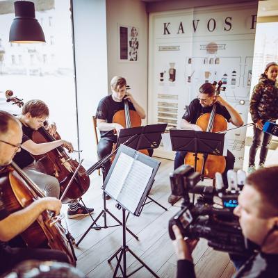 Keliaujančios violončelės
