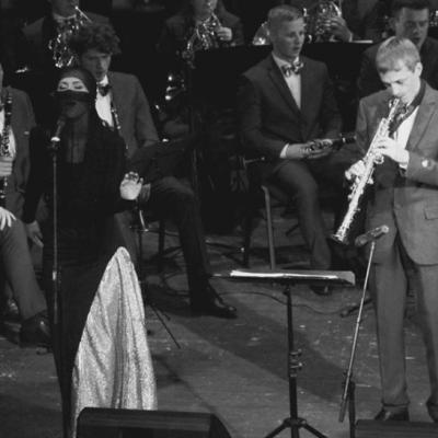 """Kompozitoriaus Jaroslavo Cechanovičiaus kūrybinės veiklos 50-mečio dovana - koncertas """"Meilės valsas""""  Valstybinis pučiamųjų instrumentų orkestras """"Trimitas"""" (vadovas Deividas Staponkus, vyr. dirigentas Ugnius Vaiginis) kartu su dirigentu, muzikantu, pedagogu ir kompozitoriumi Jaroslavu Cechanovičiumi rengia ypatingus autorinės kūrybos vakarus """"Meilės valsas"""". Šis koncertas skirtas paminėti gražų Maestro kūrybinės veiklos 50-metį, o ir pavadinimas neatsitiktinis, tai viena žinomiausių dainų iš autoriaus kūrybos lobyno. Atlikėjai: Judita Leitaitė (mecosopranas), Eglė Juozapaitenė (sopranas), Marta Lukošiūtė (sopranas), Ieva Juozapaitytė (sopranas), estrados grandai Viktoras Malinauskas ir Birutė Petrikytė.  Svečias prof.Vytautas Juozapaitis"""