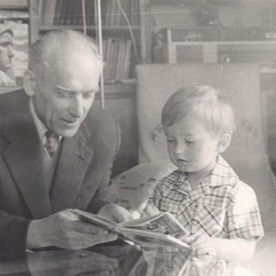 Budriunas A. su anūkeliu