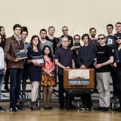 M.Urbaitis su kolegomis ir studentais 2015 m. (c) LMTA_Fotografas D.Matvejev.jpg
