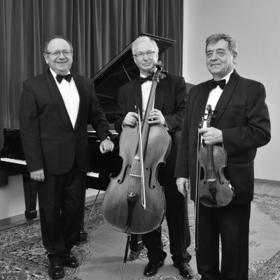 Trio: L. Melnikas, B. Traubas