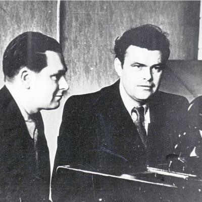 Studijos Valstybinėje Konservatorijoje. Vaclovas Paketūras ir Eduardas Balsys. 1954 metai.