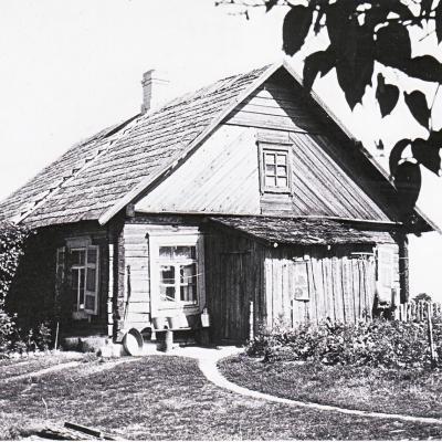 Gruodiškių vienkiemio Broniaus Paketūro namas, kuriame Vaclovas gyveno nuo 1936 iki 1946    metų.