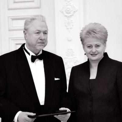 2010-ieji. Lietuvos nacionalinė kultūros ir meno premija iš prezidentės Dalios Grybauskaitės rankų
