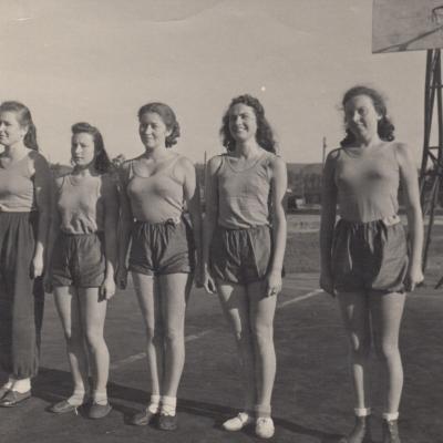 Krepšinio komanda spartakiadoje 1953 m.