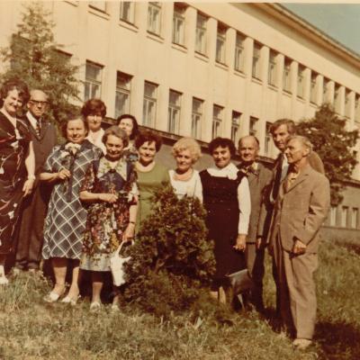 Prie Kauno 6-osios gimnazijos
