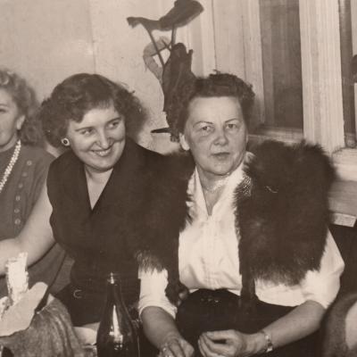 Su Kauno dešimtmetės muz. mokyklos mokytojais. Iš kairės Bačkuvienė, Gontytė Pocienė, Spižauskaitė