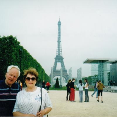 Su žmona Paryžiuje