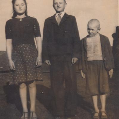 Su broliu ir sese