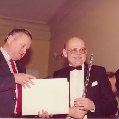 Su A. Vizgirda 1994 m.