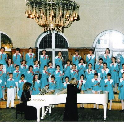 """""""Vyturio"""" jaunių choras. 1994 m."""