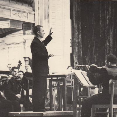 Vilnius, Filharmonija 1955