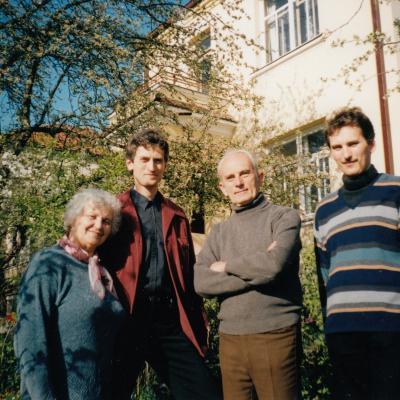 Šeima 2003