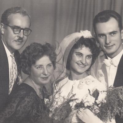 Irenos Jurgelėnaitės ir Algimano Budriūno sutuoktuvės 1963 m. P. Bekeris, O. Kviklienė