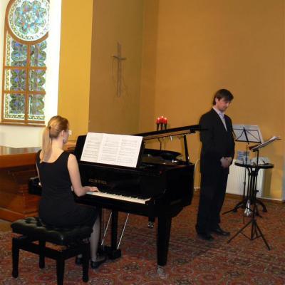 Plokštelės pristatymo koncertas Anykščių koplyčioje. Marija Grikevičiūtė ir Vytautas Vepštas.