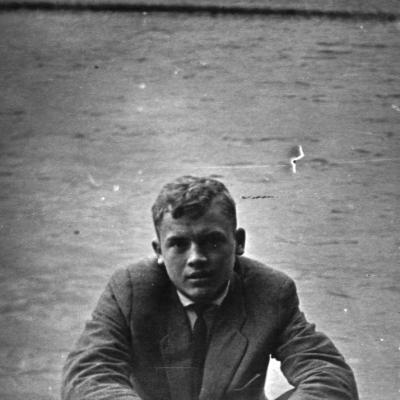 Julius Andrejevas jaunystėje