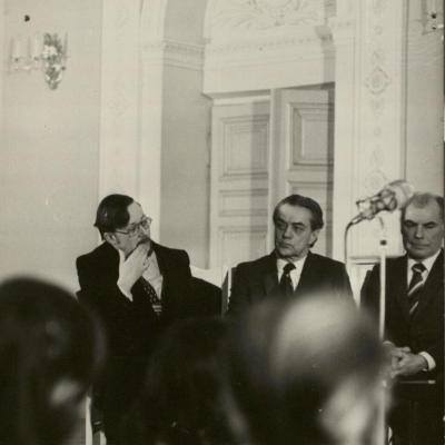 V. Landsbergis, R. Geniušas, Z. Paulauskas