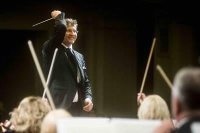 """Naujametis vakaras """"Simfoninė salvė Naujiesiems"""""""