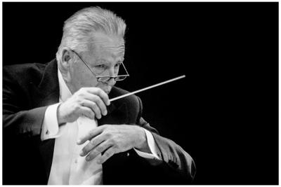 """""""Violončelės garsų magija""""  Lietuvos nacionalinis simfoninis orkestras"""