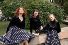 """Tamsiai mėlyna Karibų naktis"""". Kauno fortepijoninis trio, Rita Novikaitė (mecosopranas)."""