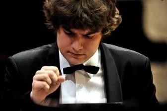 Lukas Geniušas Vilniaus festivalyje skambins rečitalį