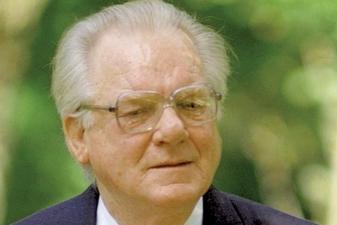 In memoriam Rimvydas Žigaitis (1933–2010)