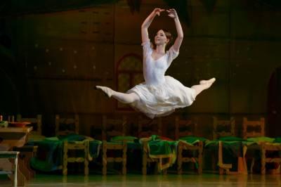 """Balete """"Eglė žalčių karalienė"""" – nauja Eglė"""