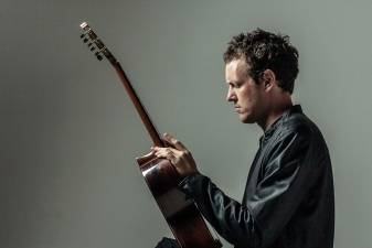 """Gitaros pasaulį sukrėtęs Derekas Griperis iš Pietų Afrikos: """"Muzika yra keistas ir kartu nuostabus dalykas"""""""