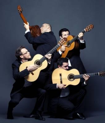 Baltijos gitarų kvarteto taikiklyje – baroko jausmingumas ir roko energija