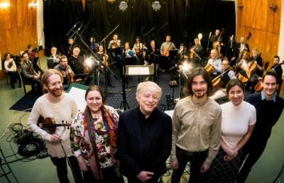 Lietuvos kamerinis orkestras primins Leonido Desiatnikovo muzikos CD