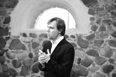 Andrius Žlabys naujojo fortepijono inauguracijos metu erdvę pripildė sodriais garsų obertonais