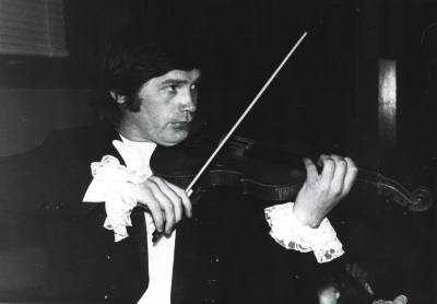 Aleksandras Batovas: koncertmeisteris, kurio nenorėjo įleisti į teatrą