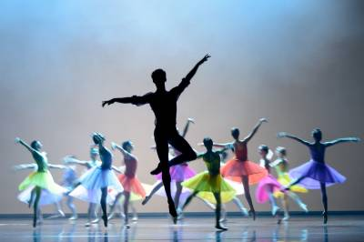 LNOBT šokėjai sveikins publiką naujausiu trupės spektakliu