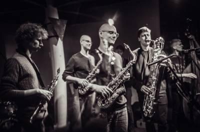 """Naujas lietuviško džiazo puslapis: grupė """"Džiazlaif"""""""