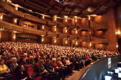 Teatro dovanota šventė neįgaliesiems įsimins pirmąkart gyvai stebėta operete