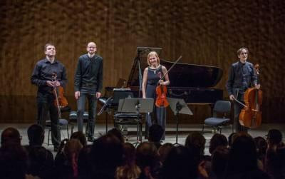 """Fortepijoninis kvartetas """"Confero"""" debiutavo Hamburge"""