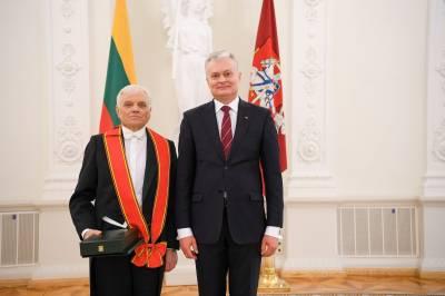 Petrui Bingeliui ir Gintarui Rinkevičiui įteikti valstybės apdovanojimai