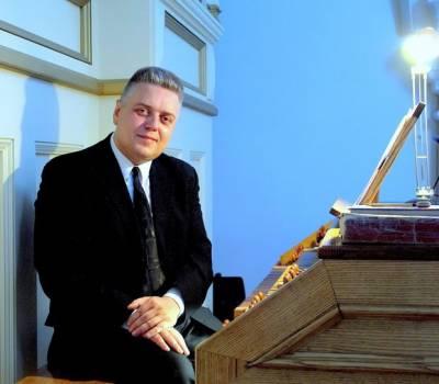 Pianistas Aleksandras Isakovas viešės Vilniuje